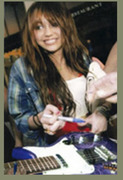 American Royal Arts Miley Cyrus Fake photo