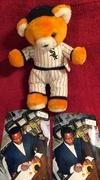 #9-41, Chicago White Sox, Jorge Orta, Signing, Chicago White Sox, Stevens Smith, Stuffed Bear,