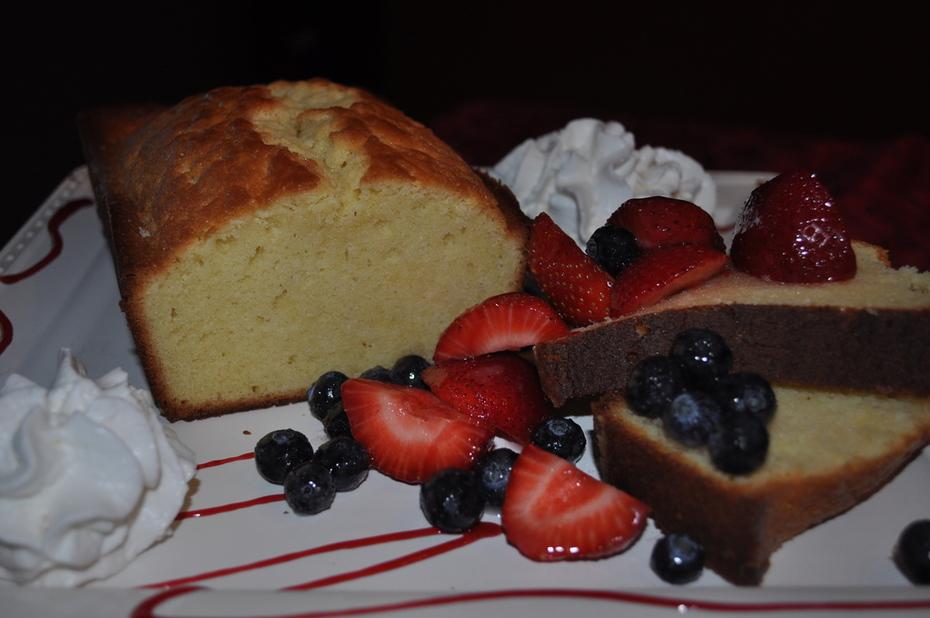 Golden Sweet Poundcake