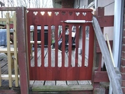 never-sag-gate exterior