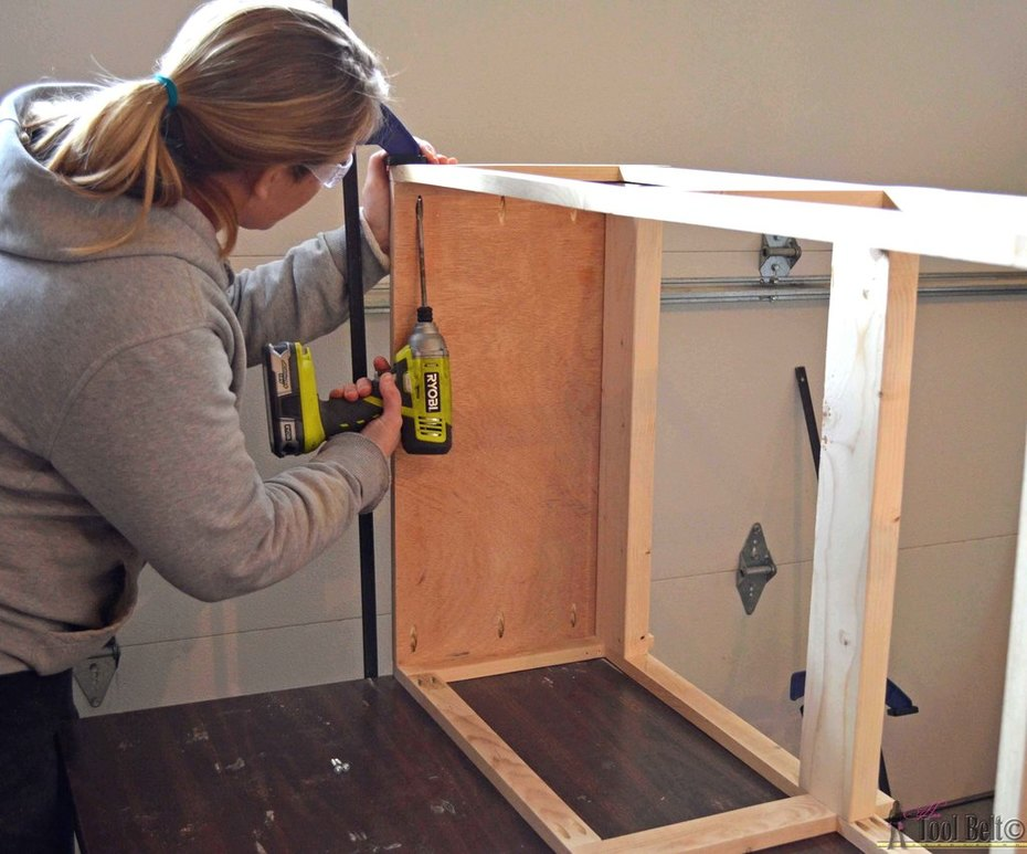 crate table- attach 2nd face frame