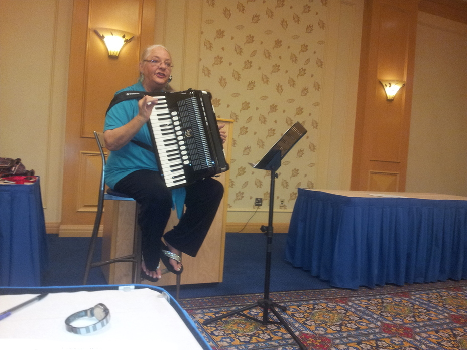Shelia - Teaching a workshop at the International Accordion Convention in Las Vegas