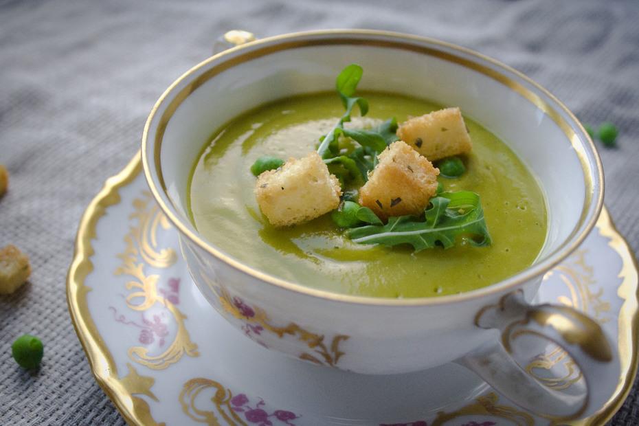 Smooth, creamy pea soup.  Vegan.