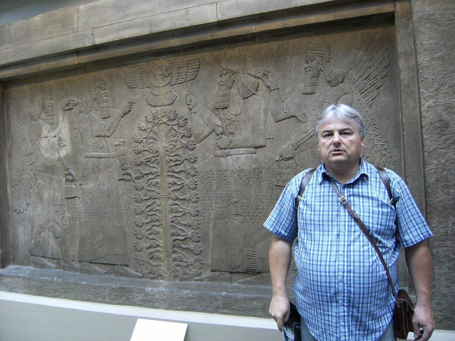 mariano y frisos persas