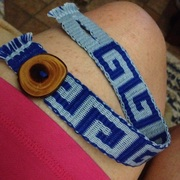 Handwoven cotton reversible anklet with handmade Juniper button