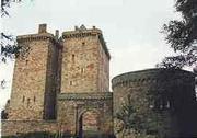 borthwick_castle_1