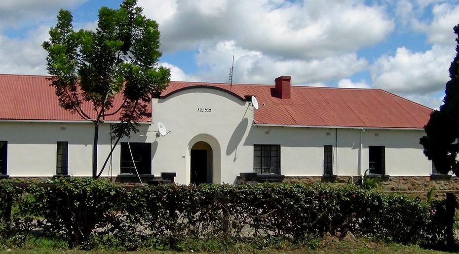 1939 Manzini bldg