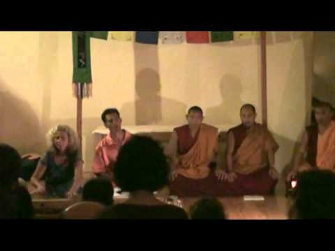 Overtone Singing and Tibetan Monks Prayer