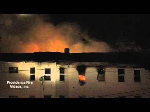 Spectacular blaze leaves 19 homesless in Worcester