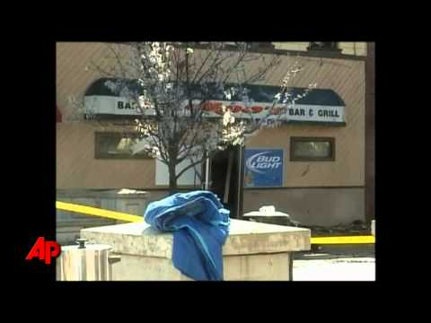 10 Firefighters Injured in Mich. Building Fire