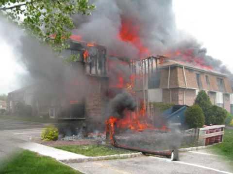 EDISON FIRE DEPT 3 ALARM DURHAM WOODS FIRE 4/29/2009 B PLATOON