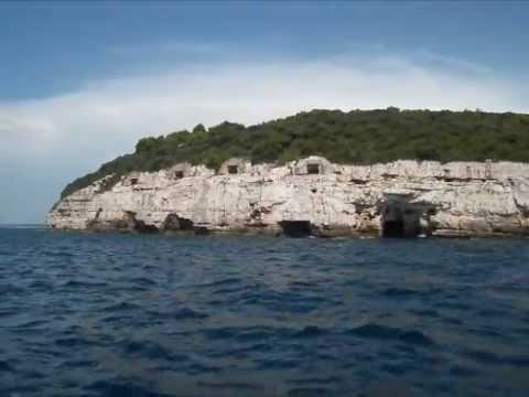 Tiki 21 and Tiki 26 Sailing acros the Istrian Coast