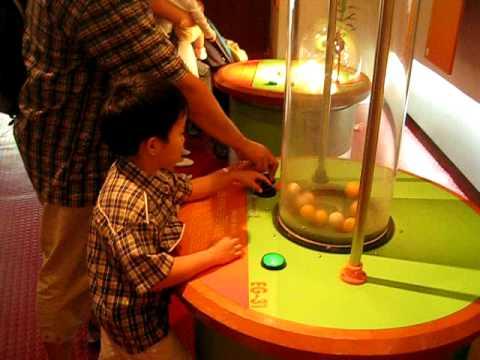 เด็กสองภาษาพาเที่ยว Singapore Science Centre (จบ)