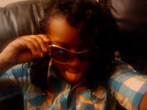 Young Female Rapper Crown Star still fly remix