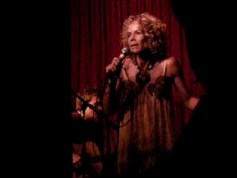 Billie Myers - You Send Me Flying (10-04-09 at Hotel Cafe)