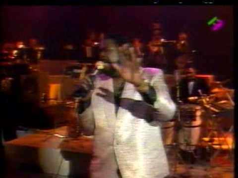 Barry White in Paris 31/12/1987 -w/Emmett North Jr on Guitar Part 2 - What Am I Gonna Do With You