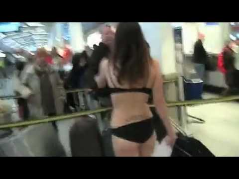 Nude Protest: Airport Body Scanners in Germany