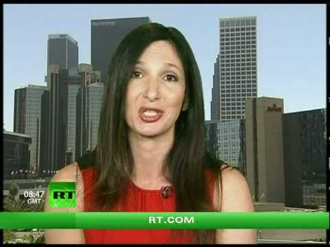 Keiser Report: Dope Economy! Fecal Finance! (E117)