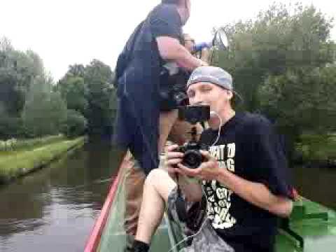 Alex Jones BilderBoat