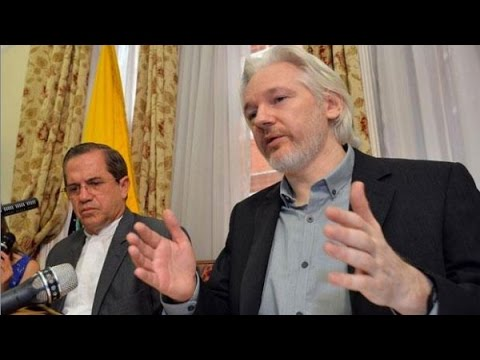 """SHOCK WIKILEAKS: Assange's """"Final Blow to Hillary's Campaign"""" as FBI Reopens Case."""