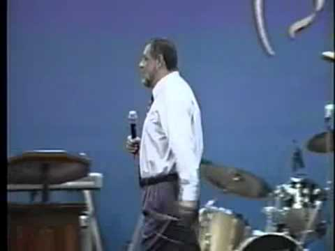 Apostol Sergio Enriquez - La Navidad - Ministerios Ebenezer