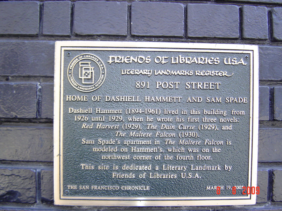 Plaque outside Hammett residence in San Francisco