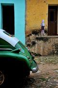 GRENADE BOY IN CUBA......with rear end of car