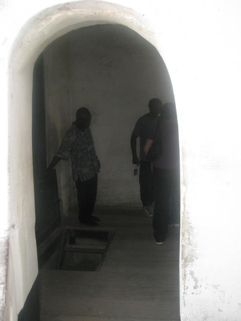 The Point of No Return, Elmina Slave Dungeon!