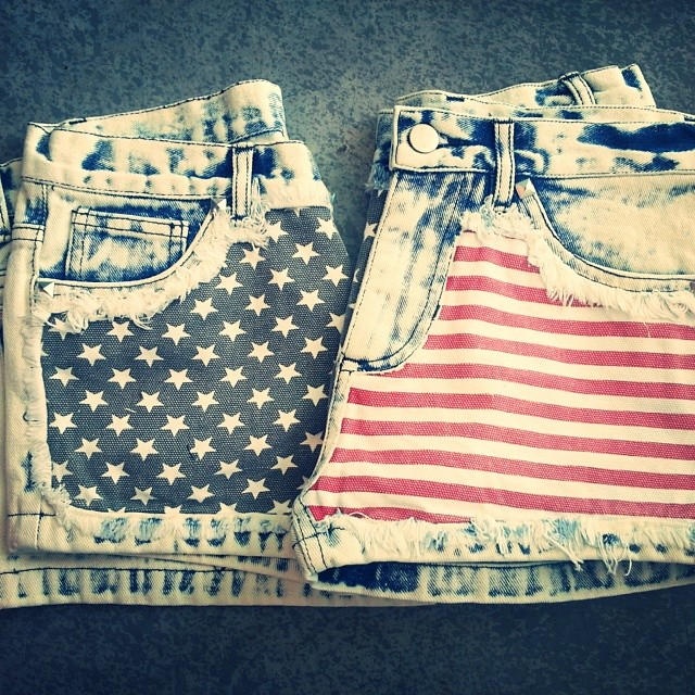 Flag Shorts - Lavo Collections