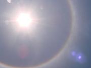 Foto do sol no céu de Brasília em 30/09/2011, 12h00.