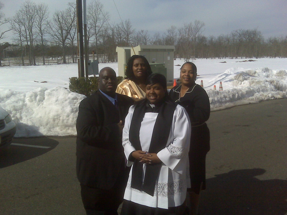 Pastor Hayes w/ Armor-Bearers- Vehonice Gross, India Scarbrough, Tomy Jordan