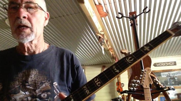 Sound sample 5 string banjo