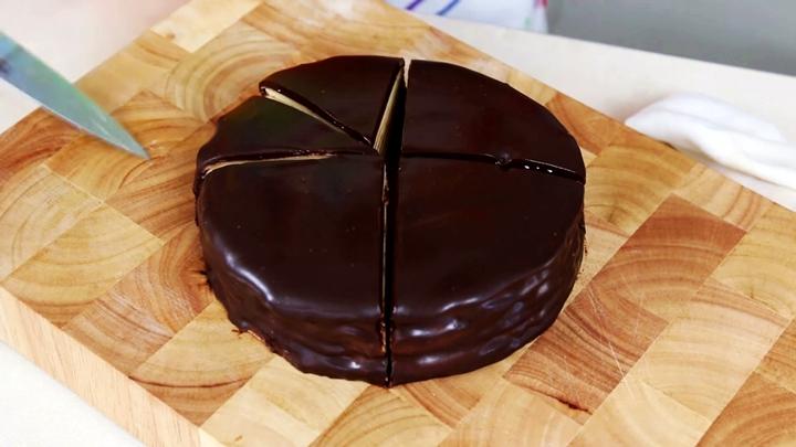 Qwelly, Qwellynaria, chocolate, culinary, pancake, recipe, ბლინი, დესერტები, დესერტი, კულინარია, კულინარიული რეცეპტები, ნამცხვარი, ნამცხვრები, რეცეპტი, ტკბილეულები, ტკბილეული, ქველინარია, შოკოლადი