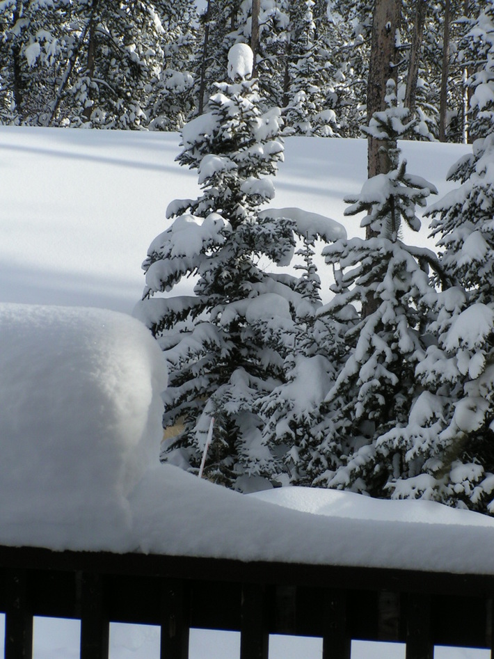 snow piling up