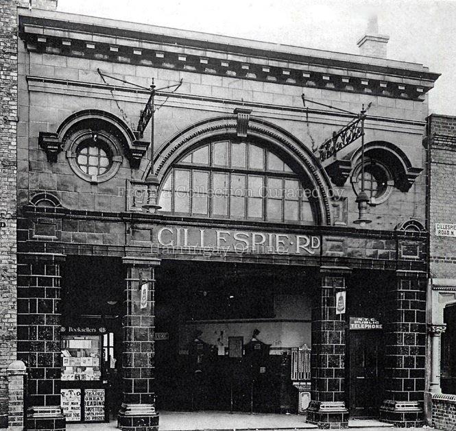 Arsenal / Gillespie Road Tube Station, c1930