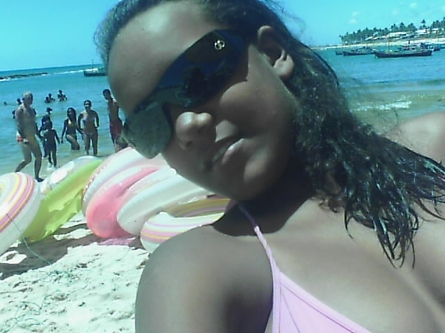 My daugther in the beach