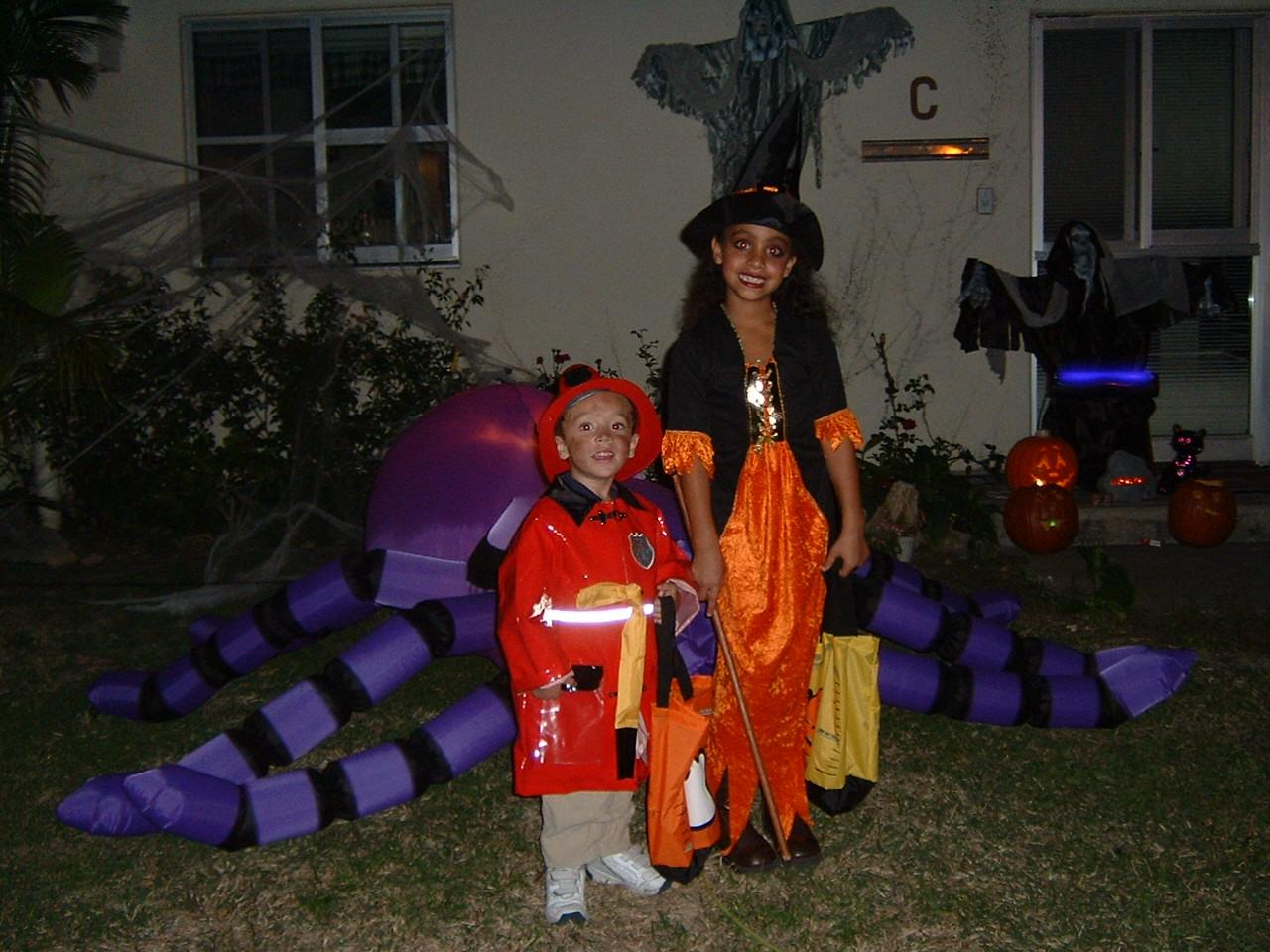 Elijah and Chloe in costume