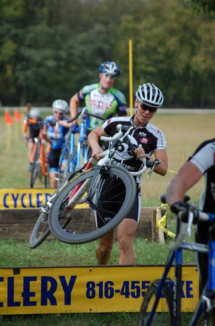 Kelly Benjamin works the barriers