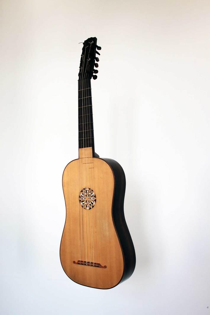Vihuela-3