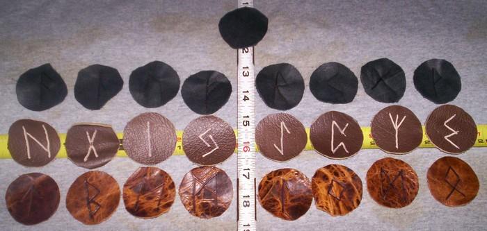 tri color Rune Discs4