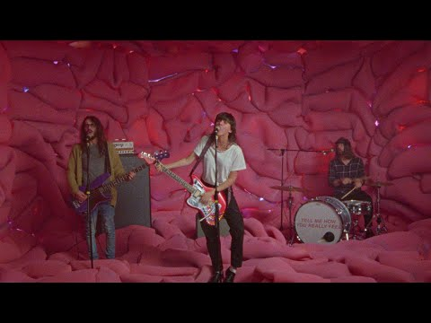 Courtney Barnett - Everybody Here Hates You (Official Video)