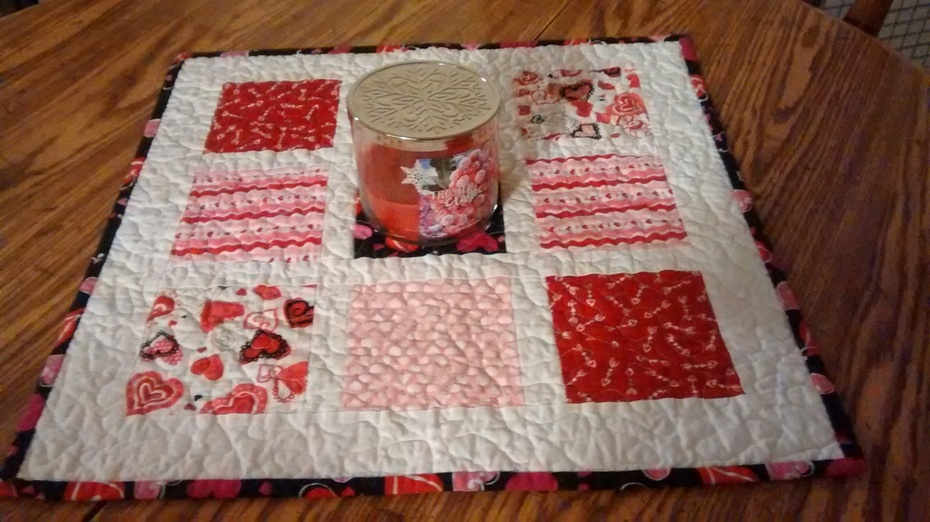 Table topper quilted on my home machine