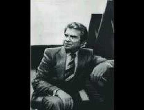 Emil Gilels plays Scarlatti Sonata In F Minor L118
