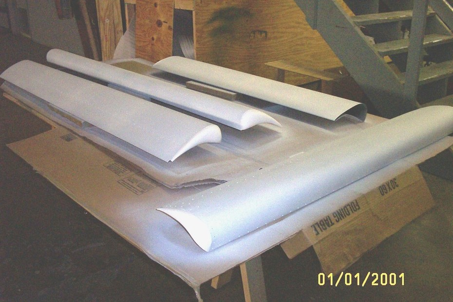 Wings-leading edge slats  w-primer