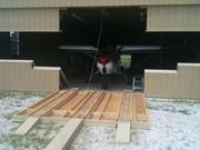 Main door and all 4 wing doors open