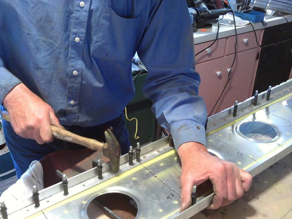 solid rivet right spar 2