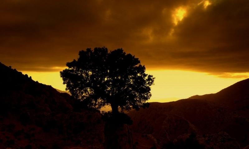Τήν ώρα τής δύσης στό Λιμνάκαρο Λασηθίου