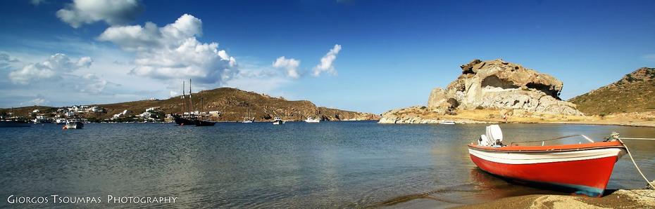 Η παραλία τού Γροίκου στήν Πάτμο