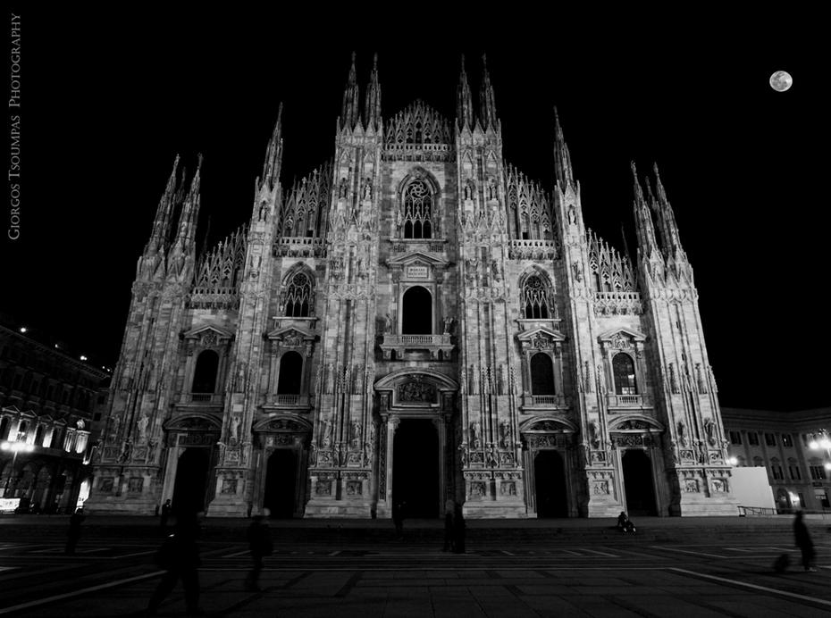 MARIA E NASCENTI Milano
