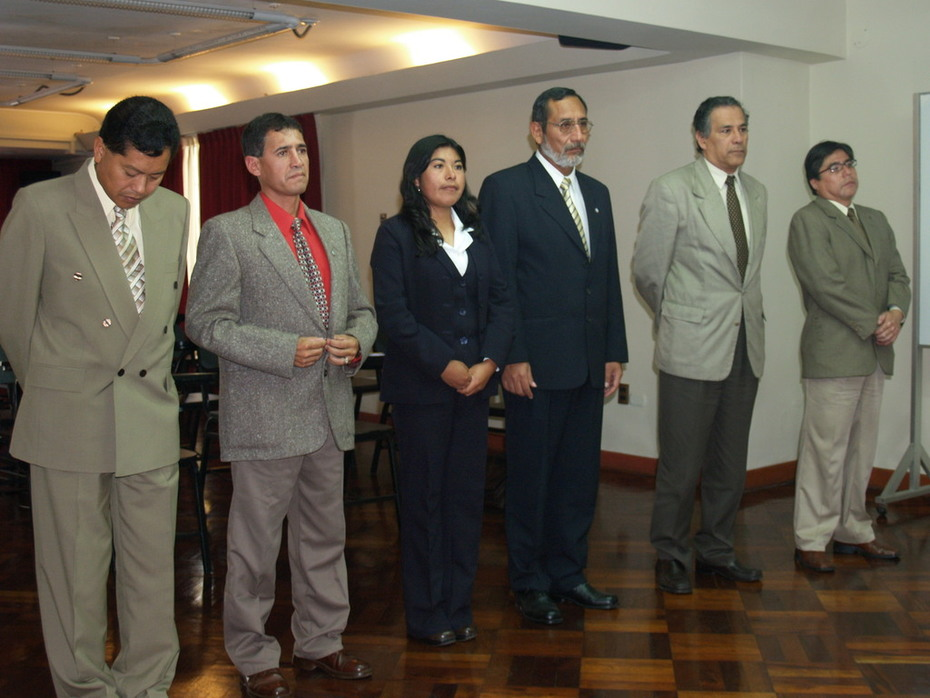 TINGALESES EN LIMA